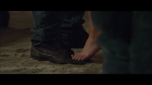 Addison-Timlin-Feet-18392f3632f2bd5903.jpg