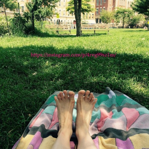 Adina-Verson-Feet-4f9db341126465bc1.jpg