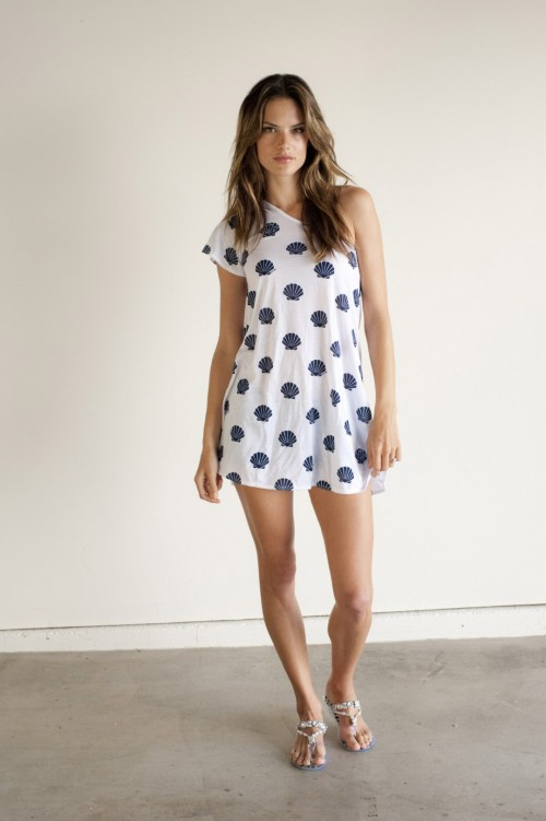 Alessandra-Ambrosios-Feet-2683a2dbc331f8d0123.jpg