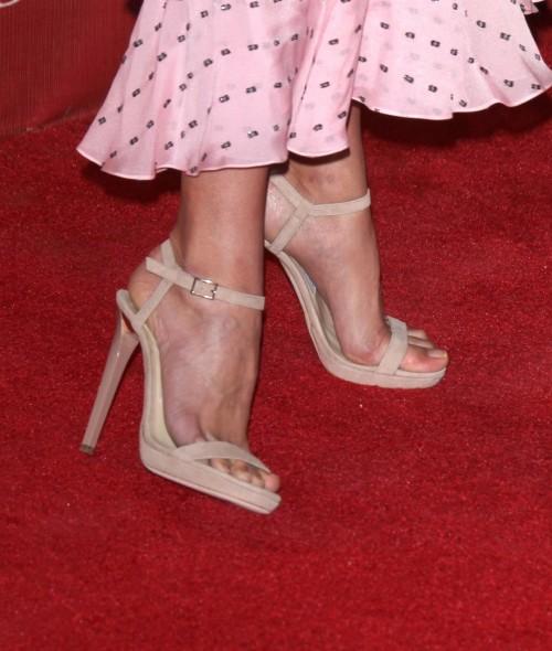 Alicia-Vikanders-Feet-244bbe6303438f623db.jpg
