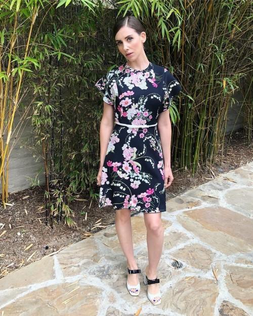 Alison-Bries-Feet-2861db50e8ed969d433.jpg