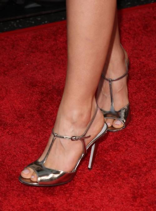 Allison-Millers-Feet-35dbeea6fd16338df0.jpg