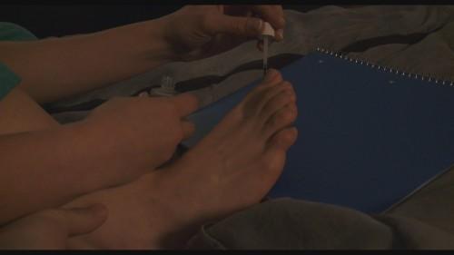 Allison-Millers-Feet-43481de306dd678b21.jpg