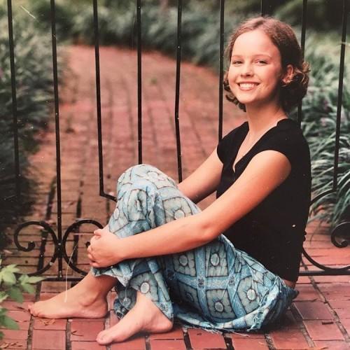 Allison-Millers-Feet-54894d28bcb8092b0c.jpg