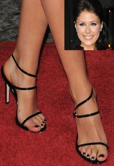 Amanda-Crews-Feet-1521b6c69e221ca0ae.jpg