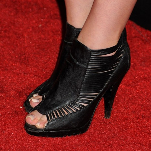 Amanda-Crews-Feet-67a28b2b4c5ad8d8f8.jpg