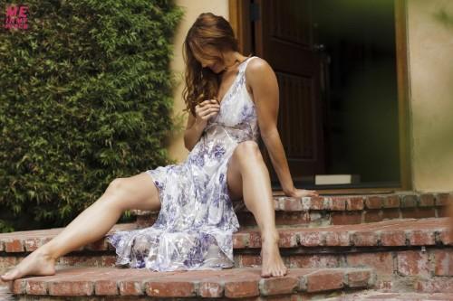 Amanda-Righettis-Feet-53cbbeb6c1abad1d66.jpg
