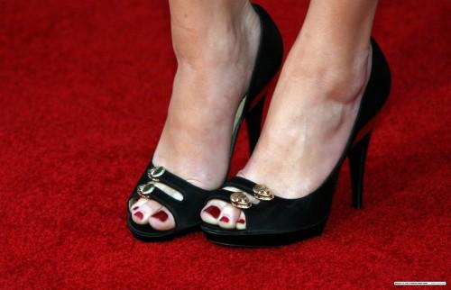 Amber-Heards-Feet-154d955382f92c23993.jpg