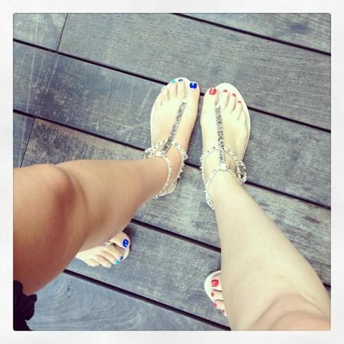 Amber-Katzs-Feet-379b2c5ab269376a4.jpg