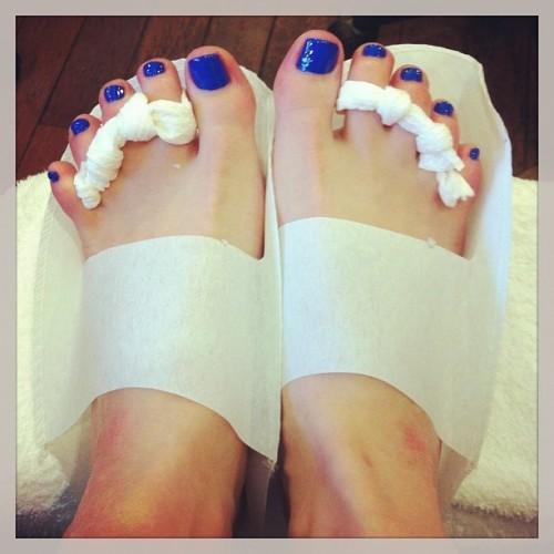 Amber-Tamblyn-Feet-95530006abebee90a.jpg