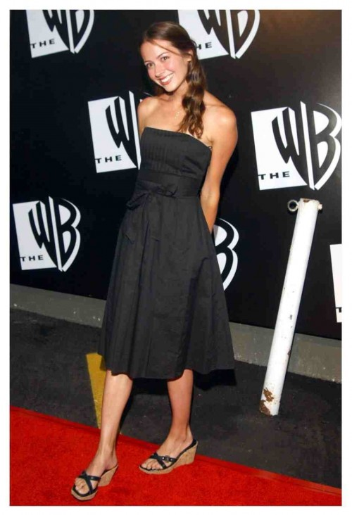 Amy-Ackers-Feet-210523d6162385365a.jpg