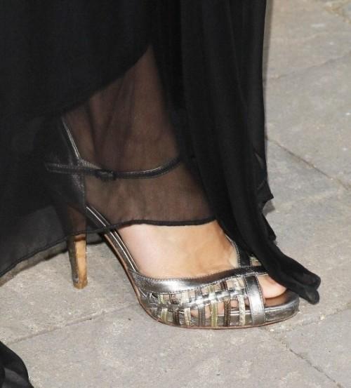 Amy-Ackers-Feet-8221cf014cde7833b5.jpg