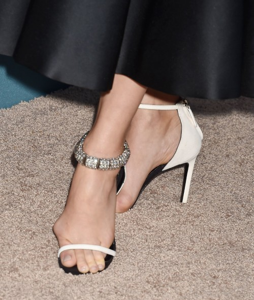 Amy-Adamss-Feet-10718ad21cd4242a9b3.jpg
