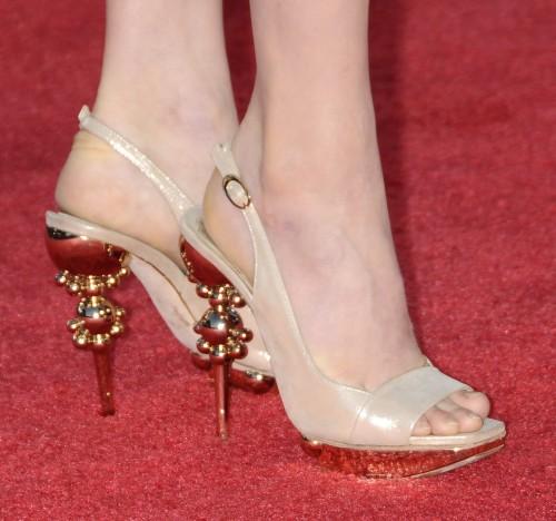 Amy-Adamss-Feet-225246237e741179c18.jpg