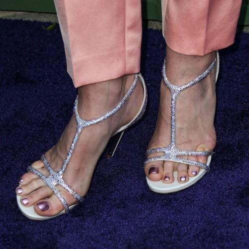 Andie-MacDowell-Feet-10ec71d5dc29d24ea6.jpg
