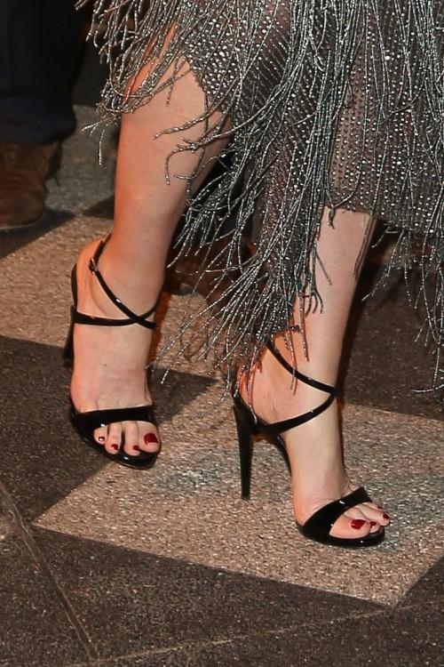 Andie-MacDowell-Feet-20ba6300988028853d.jpg