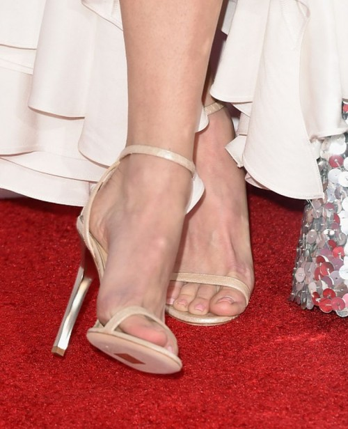 Anna-Faris-Feet-67f02906aa32846b1.jpg