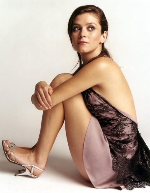 Anna-Friel-Feet-9ca082dcbc5ea4cca.jpg