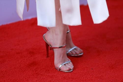 Anna-Kendricks-Feet-4936a009296b7e7f90d.jpg