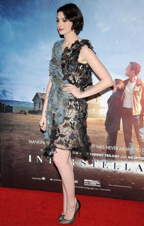 Anne-Hathaway-Feet-1026749f2f32f259194.jpg