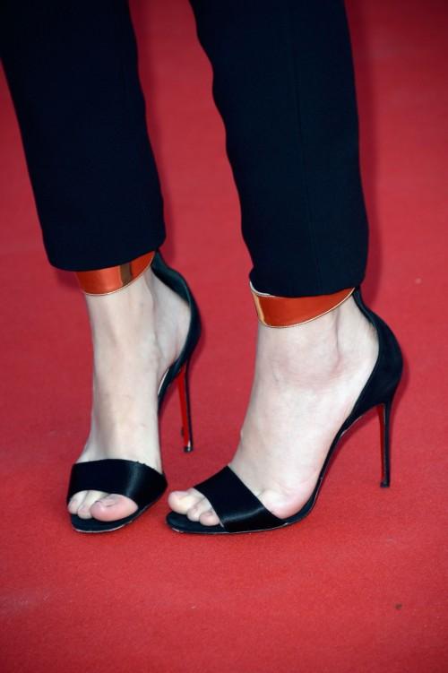 Barbara-Palvins-Feet-31619df3d6aff0745.jpg