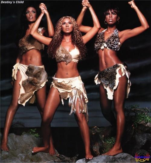 Beyonces-Feet-381519a6e98847e74.jpg