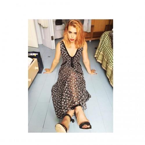 Billie-Piper-Feet-9e9779d87ae5e5d1a.jpg