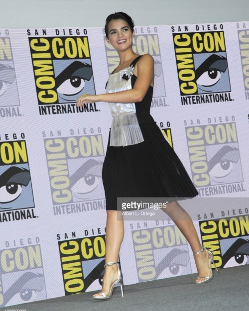 Brianna-Hildebrands-Feet-35d27fcef8120a8f10.jpg