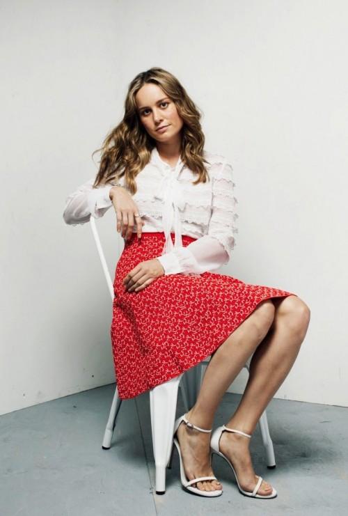 Brie-Larsons-Feet-205065aae3143e72d14.jpg