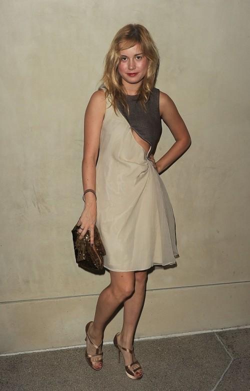 Brie-Larsons-Feet-60d06182cf532d8340.jpg