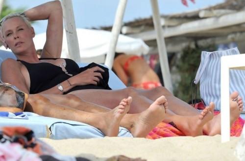Brigitte-Nielsen-Feet-157d324000f4e64203.jpg