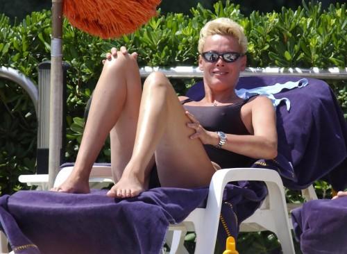 Brigitte-Nielsen-Feet-3db91aa5f6d4e11bd.jpg