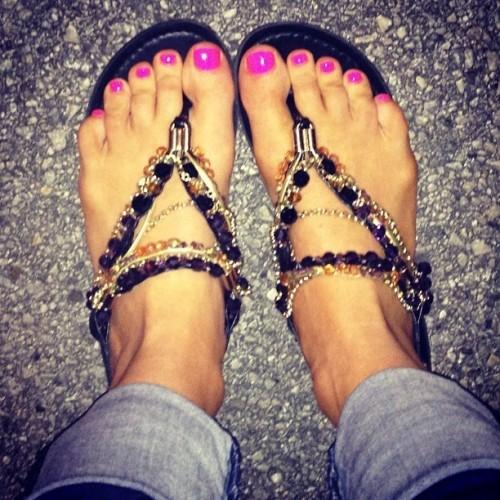 Brooke-Adamss-Feet-7355e1a06b609a15cc.jpg