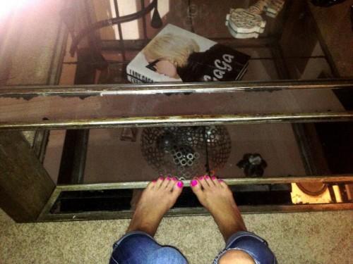 Brooke-Adamss-Feet-81cd7774751aa96f2f.jpg
