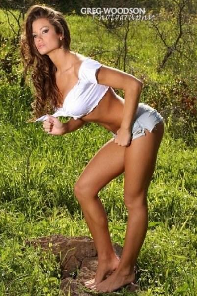 Brooke-Adamss-Feet-87c7780ce5266dcdfb.jpg