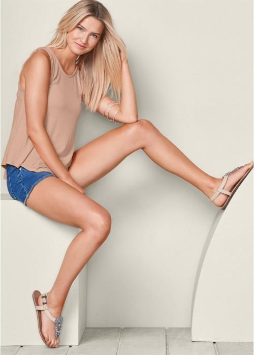 Brooke-Buchanans-Feet-172d5911f0f6ad988ef.jpg