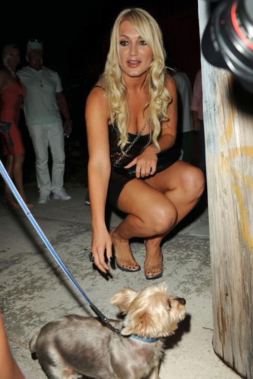 Brooke-Hogans-Feet-103344943855f25efc0.jpg