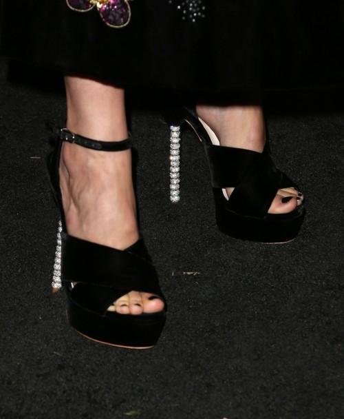 Camilla-Belle-Feet-276c080737d1eb46d4.jpg