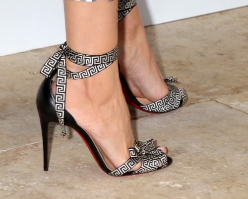 Camilla-Belle-Feet-3086334375753472de.jpg