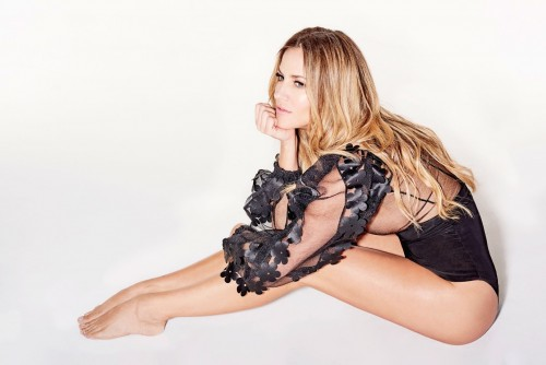 Caroline-Flack-Feet-29d624cd8d16c10ec7.jpg