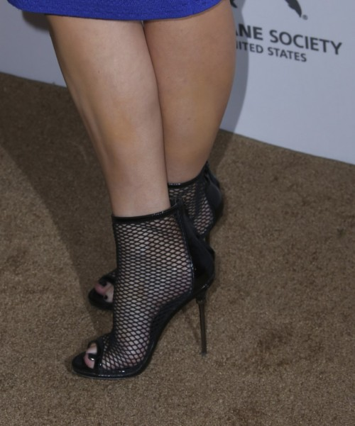 Carrie-Keagan-Feet-227a0977e7c5194c30.jpg