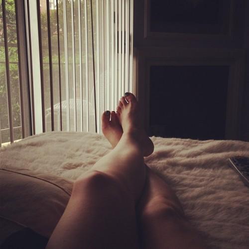 Carrie-Keagan-Feet-76ef0ea7363b2265e.jpg
