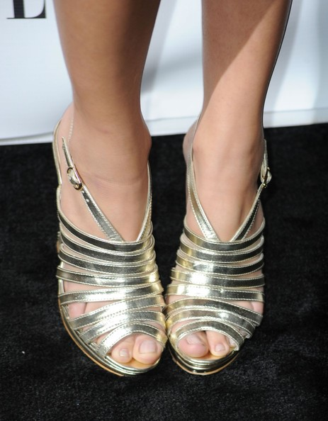 Cassie-Scerbo-Feet-16510d14c5dc721fbe.jpg