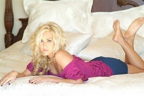 Cassie-Scerbo-Feet-27bd19fc79ca2de071.jpg