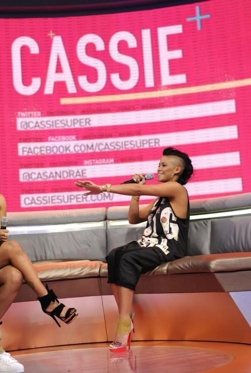 Cassie-Venturas-Feet-70cc307baef8f79acd.jpg