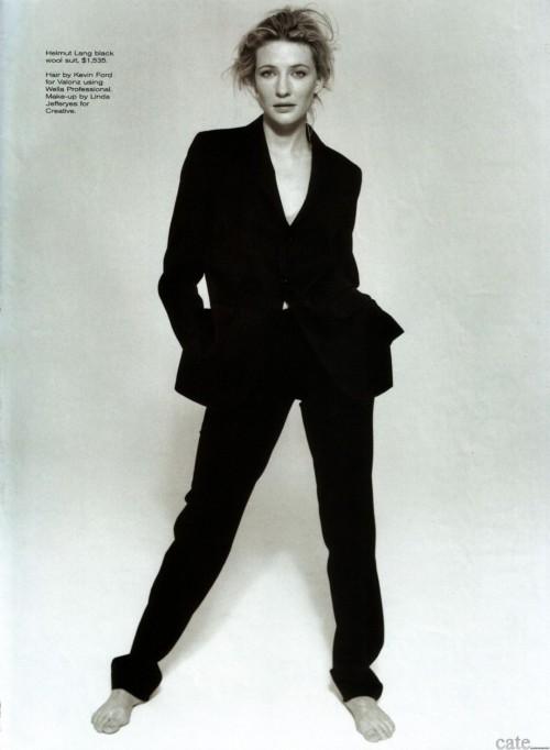 Cate-Blanchetts-Feet-17351731efd71c3b170.jpg