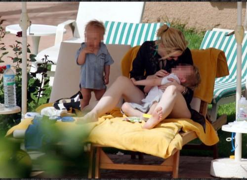Cate-Blanchetts-Feet-179bfdb8af8e0f76b3f.jpg