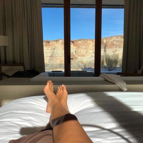 Chanel-Iman-Feet-12206454c3c1f986fe.jpg