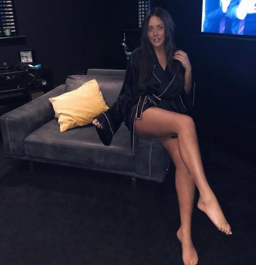 Charlotte-Crosby-Feet-199873c86840633aed.jpg