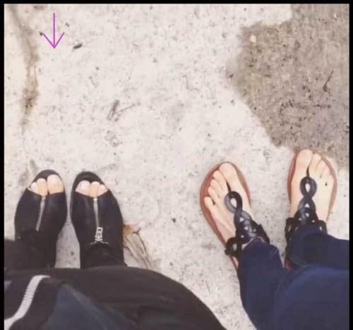 Chelsea-Gilligans-Feet-611539f8f974d00698.jpg